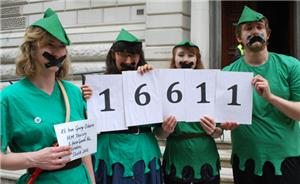 Image: Robin Hood Tax: The Gagging Law is an attack on campaigning organisations and must be stopped: